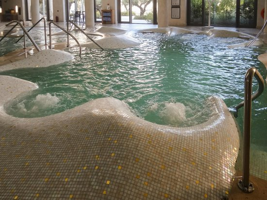 Anazoe Spa: Thalassotherapy pools