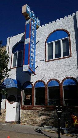 Plaza Restaurant & Tavern: Freshly Painted...Part 1 of Facelift...check