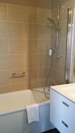 سيتادين كروازيت كان: salle de bain