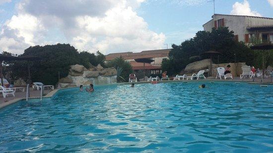 Orovacanze Resort Capo d'Orso: Piscina