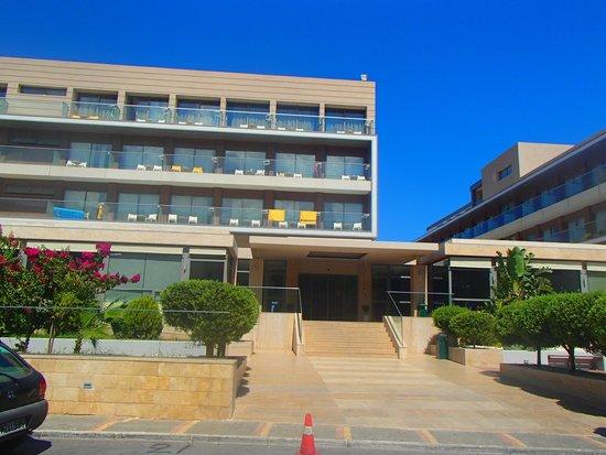 Aktia Lounge Hotel & Spa: entrée de l'hôtel