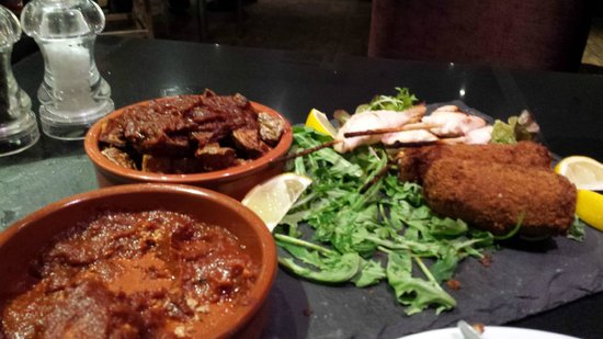 Red Bar and Restaurant: tapas