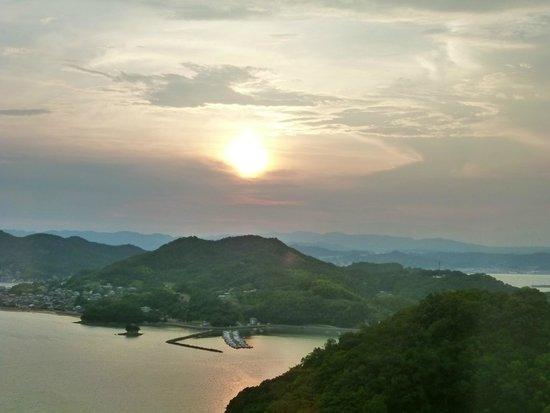 Bella Vista Spa & Marina Onomichi: sunset from room
