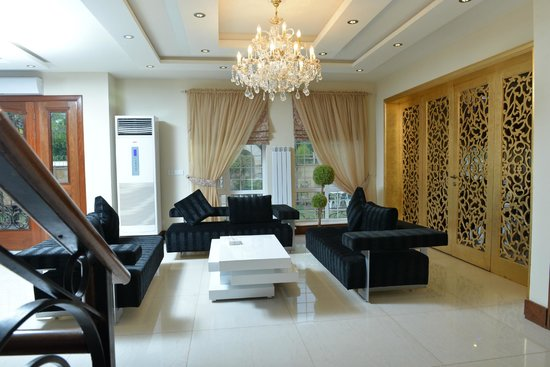Bella View Lounge: Lobby