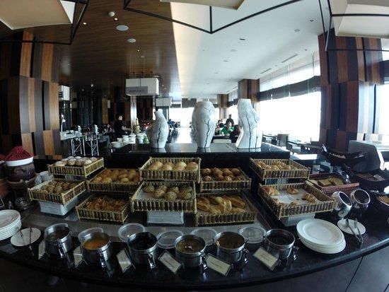 Crowne Plaza Semarang: Pilihan Pastry