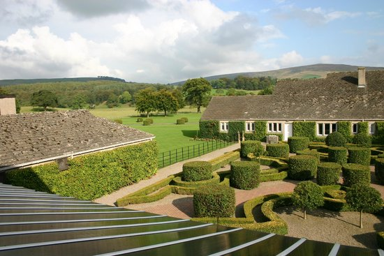 The Devonshire Arms Hotel & Spa: Stunning view