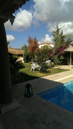 Moy Otel Alacati: The garden