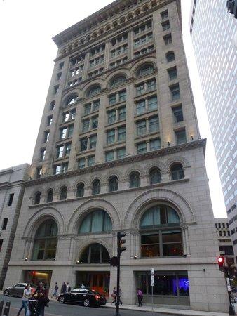 Ames Boston Hotel, Curio Collection by Hilton: Vue de l'hôtel