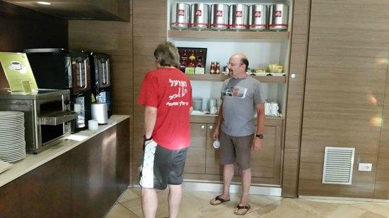 Enjoy Garda Hotel: coffee station