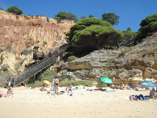 TUI BLUE Falesia: escalier pour la petite plage