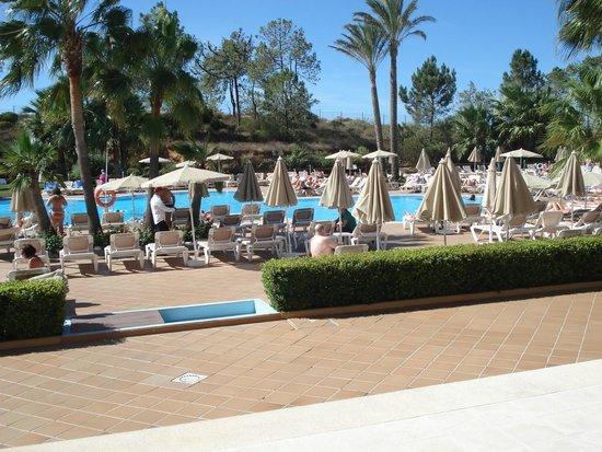 TUI BLUE Falesia: la piscine extérieur