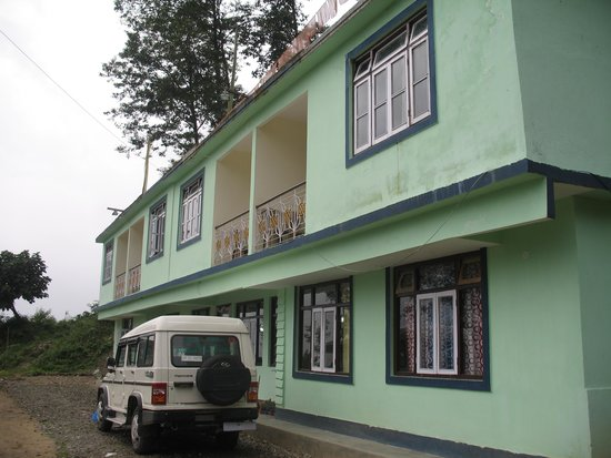 Himalayan Retreat & Resort: front of hotel