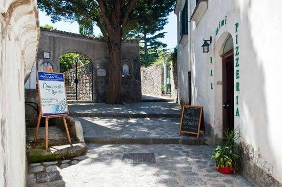 Mimì Ristorante Pizzeria: Street view
