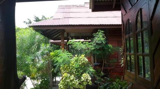 نامثيب هومبيتش: Air-con bungalow