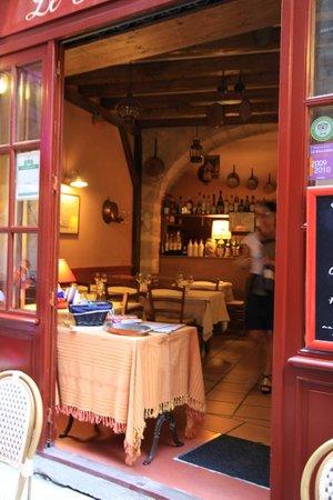 Le Plat à Oreilles: Restaurant