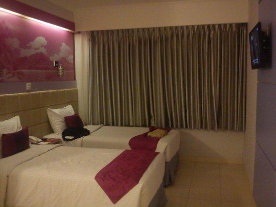 Favehotel Premier Cihampelas: Kamar double bed 1023