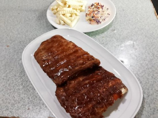 Aussie Burger & Sports Bar: Pork spare ribs,hickory smoked.