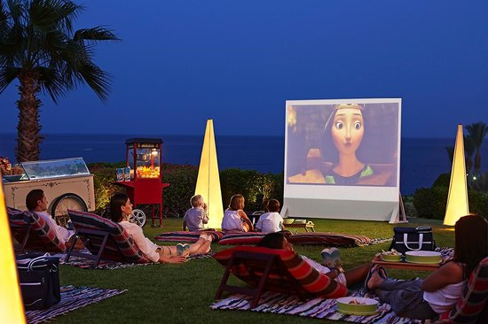 منتجع فور سيزونز ريزورت شرم الشيخ: Kids movie night