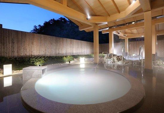 توبا كوكوساي هوتل شيوجيتي: パールオーロラ風呂(露天風呂)