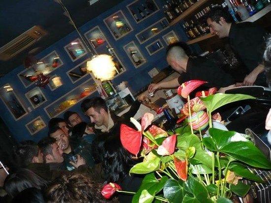 Baraka Cafe: night&day