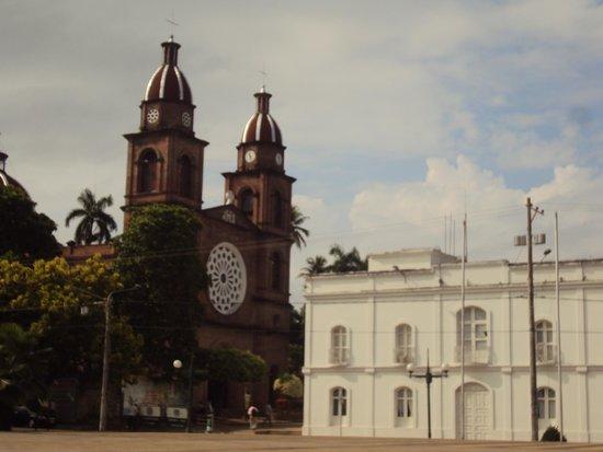 Barrancabermeja, Colombia: Antigua Catedral del Sagrado Corazon
