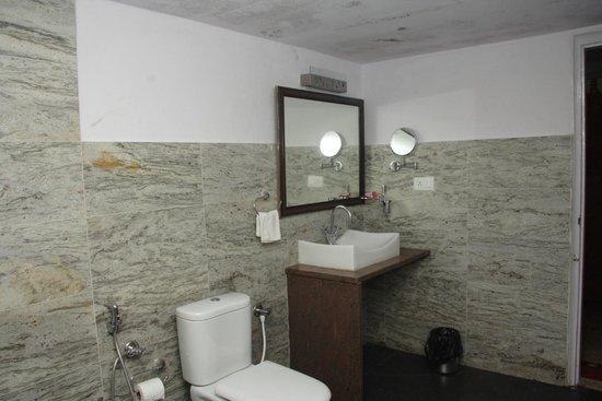 The Hills: Clean & hygienic Bathrooms