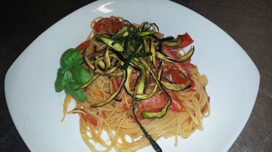 Baraka Cafe: Pausa pranzo