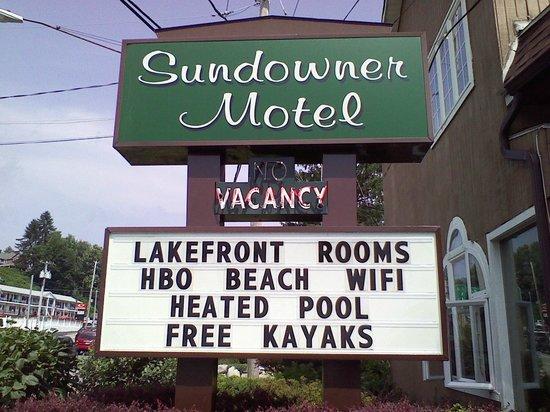 Sundowner Motel: Welcome!