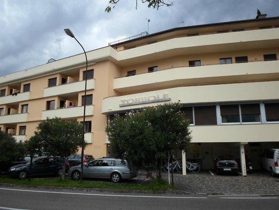 Hotel Residence Torbole: l'albergo