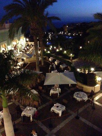 Sunlight Bahia Principe Costa Adeje: Evening meal