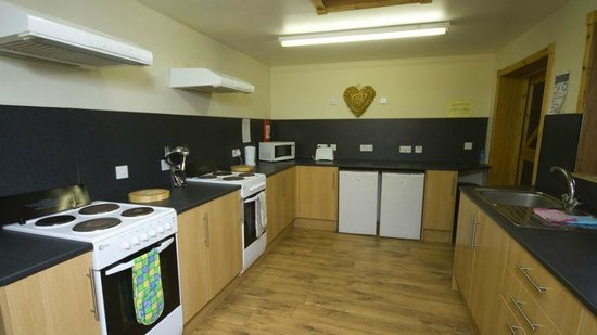 Loch Tay Highland Lodges: Campers Kitchen - Wigwams and Domes