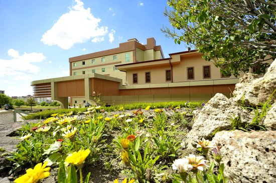 Dinler Hotels - Nevsehir: General View of Hotel Entrance from Garden