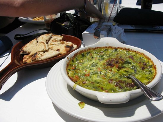 The Boathouse Grill: Spinach and Artichoke Dip