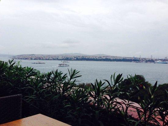 Topkapi Sarayi Konyali Lokantasi: Not a bad view!
