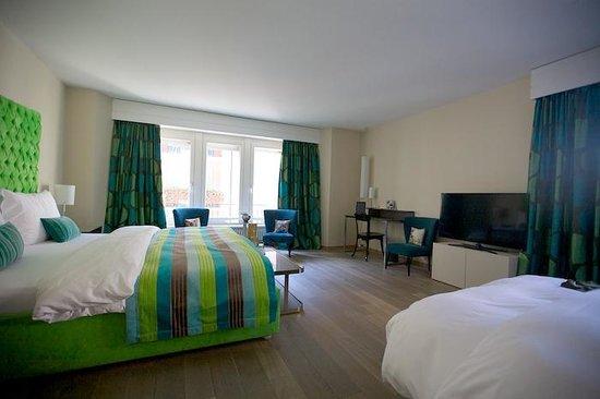 Hotel Wellenberg: Room 201.