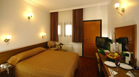 Dinler Hotels - Nevsehir: Club Room with French Bed