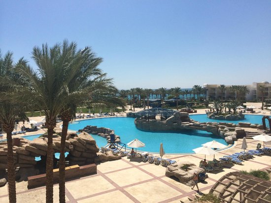 SENTIDO Palm Royale: Balcony view