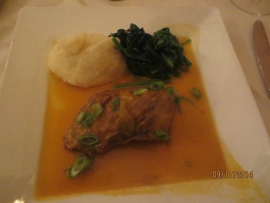 El Pulpo Restaurant and Tapas Bar: short ribs