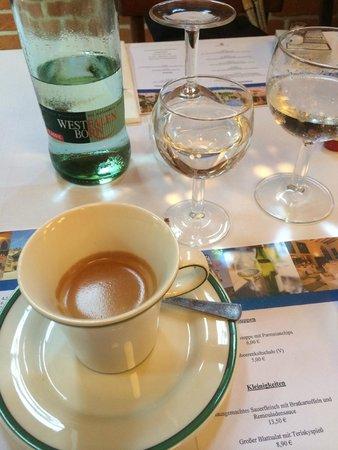 Schloss Restaurant Marienburg: Einen Espresso danach.....