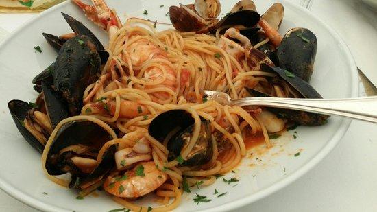 Ristorante Pizzeria Del Centro: Spaghetti ai frutti di mare