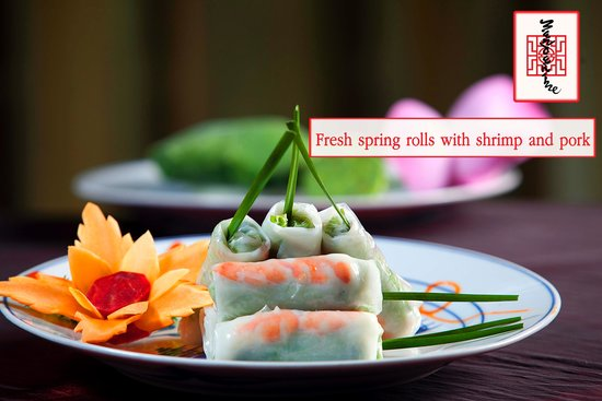 ‪‪Mandarine Restaurant‬: Fresh spring rolls with shrimp and pork‬