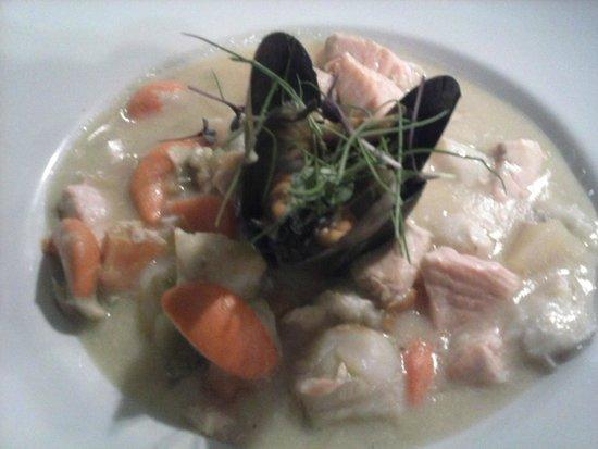 Barilla Bay: seafood chowder entree