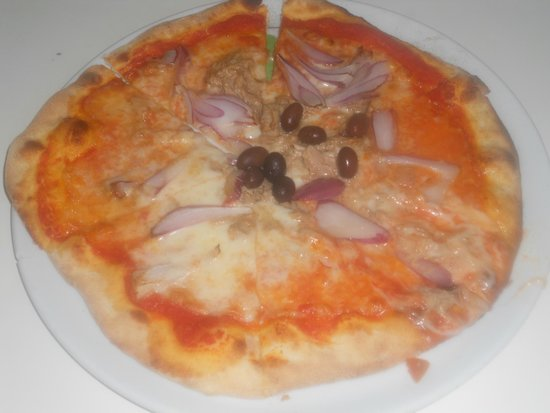 Le Voyage Pub-PIZZERIA: Pizza-LeVoyagePub