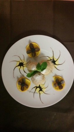 Restaurant Ratatouille: Canederli dolci :-)