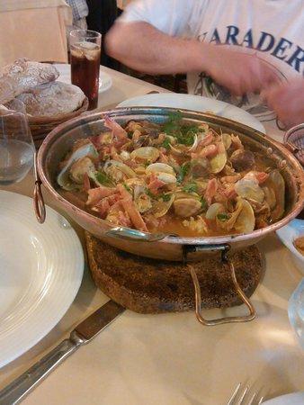 A lanterna: морепродукты, порция на двоих