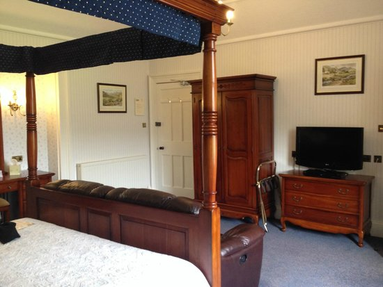 Crow How Country Guest House: Room One