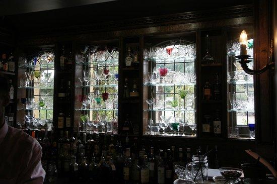 The Pig on the beach: the bar glass window