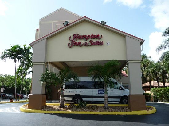 Hampton Inn & Suites Ft. Lauderdale Airport/South Cruise Port: Hôtel Hampton Inn
