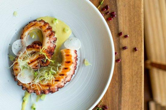 Barberry Club Restaurant: Осьминог с соусом айоли