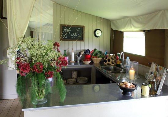 Thornham Bay - Wild Luxury: Wild Luxury Kitchen